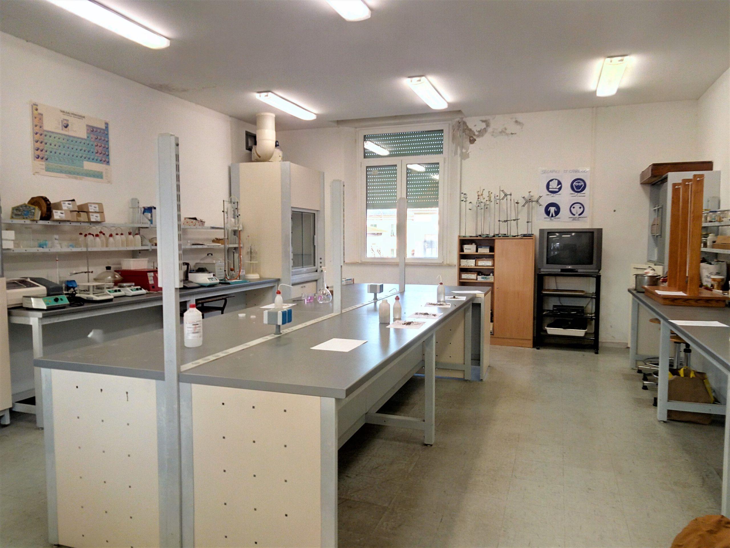 Laboratorio agraria ITA Carlo Cattaneo Cecina